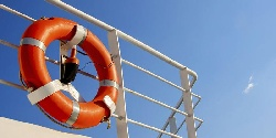 Rescue means - standards for equipping small boats