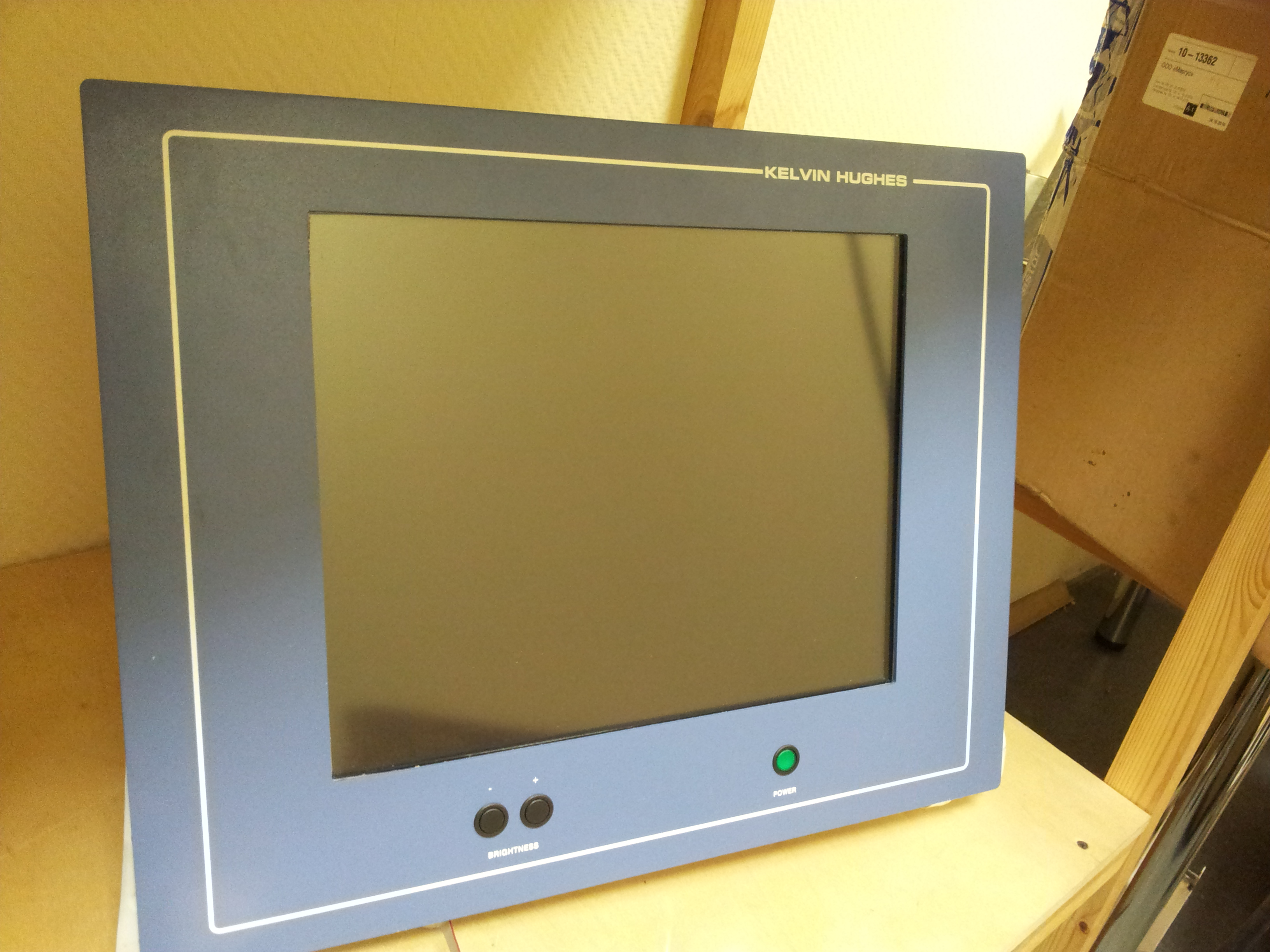 Replacing old kinescopes with old radars on LCD displays